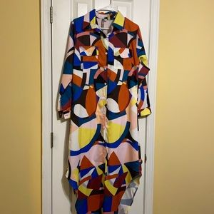 A dress with pockets at the top on both sides